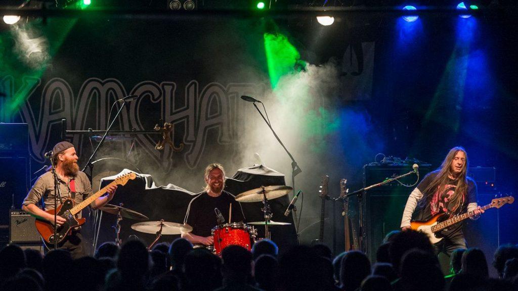 Kamchatka live