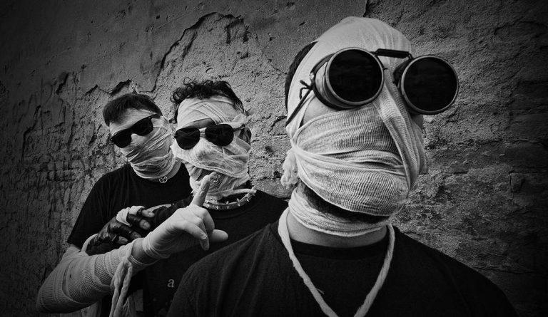 """The Rolling Sotones"" – novi singl industrial perjanica DREDDUP !"
